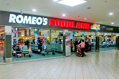 Retail Signage - Romeos Foodland